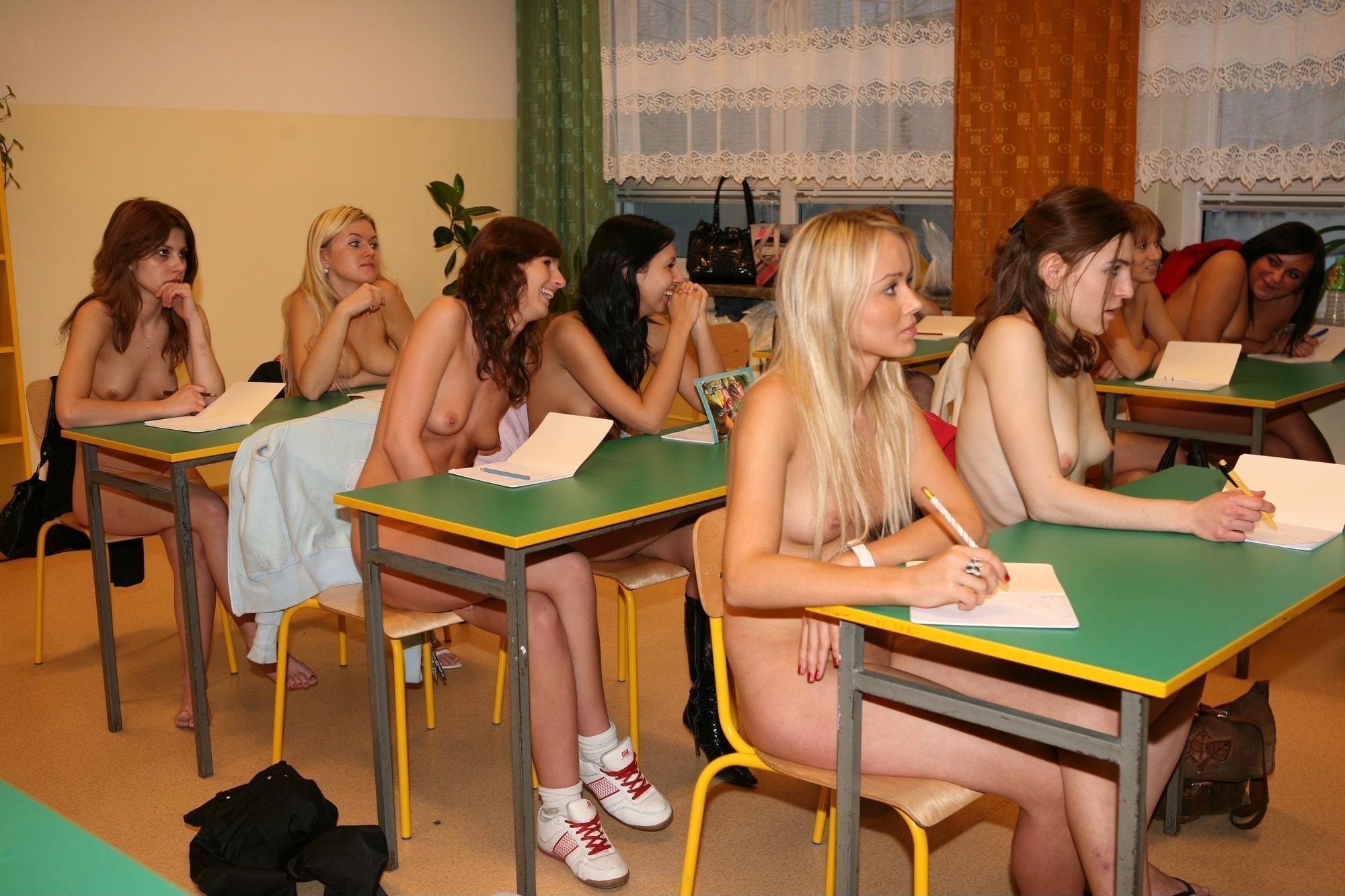 thick naked light girls