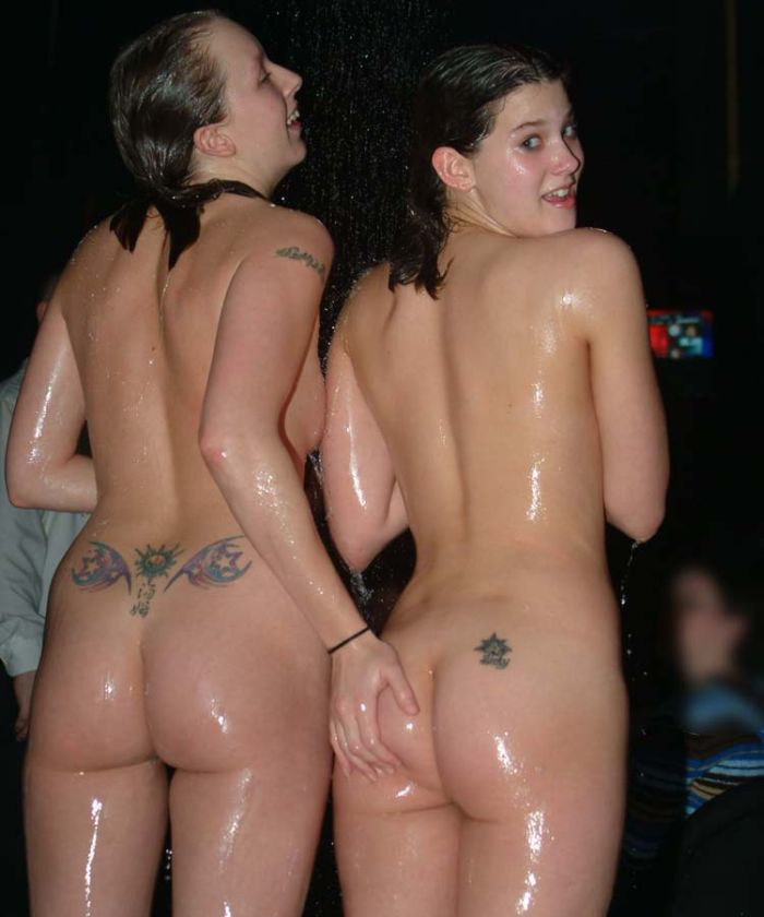oil-wrestling-girls-05