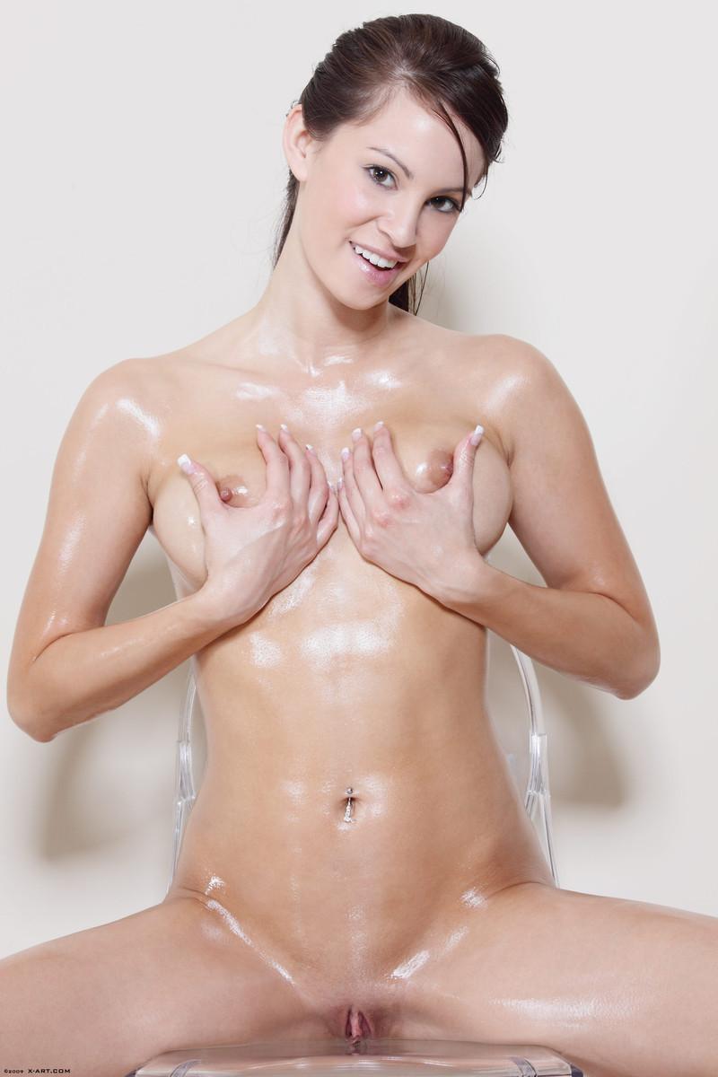 Oiled Naked Japanese Girls