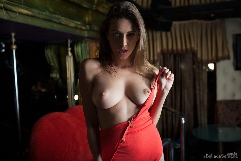 olga-alberti-bodysuit-naked-bella-da-semana-08