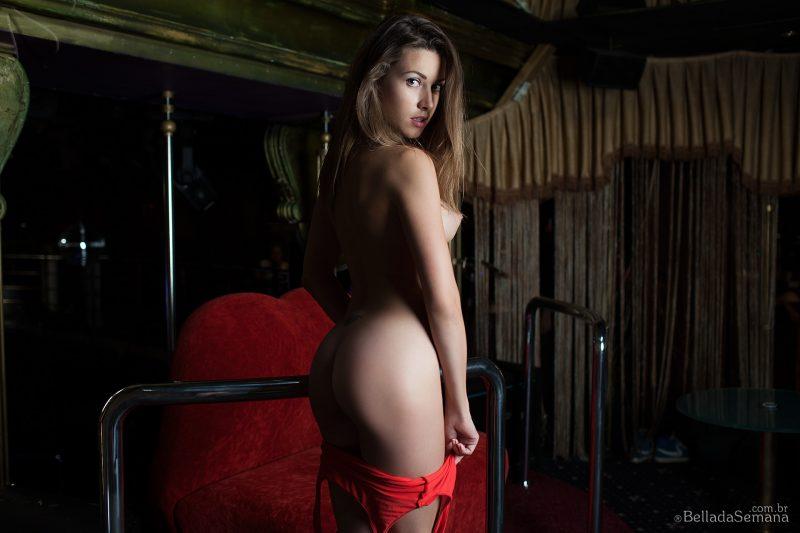 olga-alberti-bodysuit-naked-bella-da-semana-11