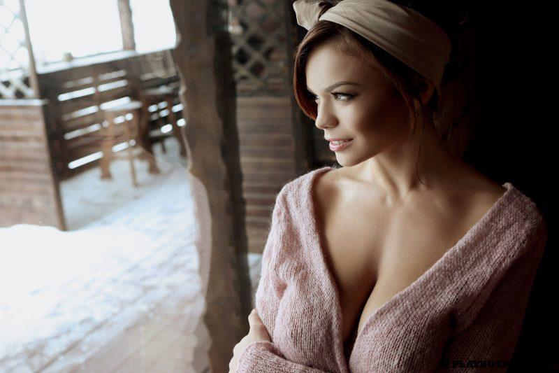 olga-ogneva-boobs-nude-ukraine-playboy-01