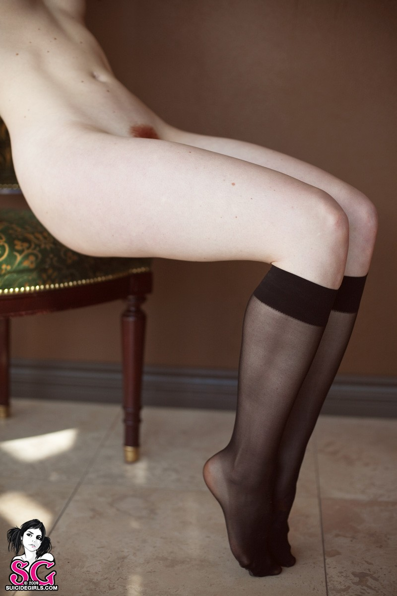 opaque-redhead-dreadlocks-nude-suicide-girls-28