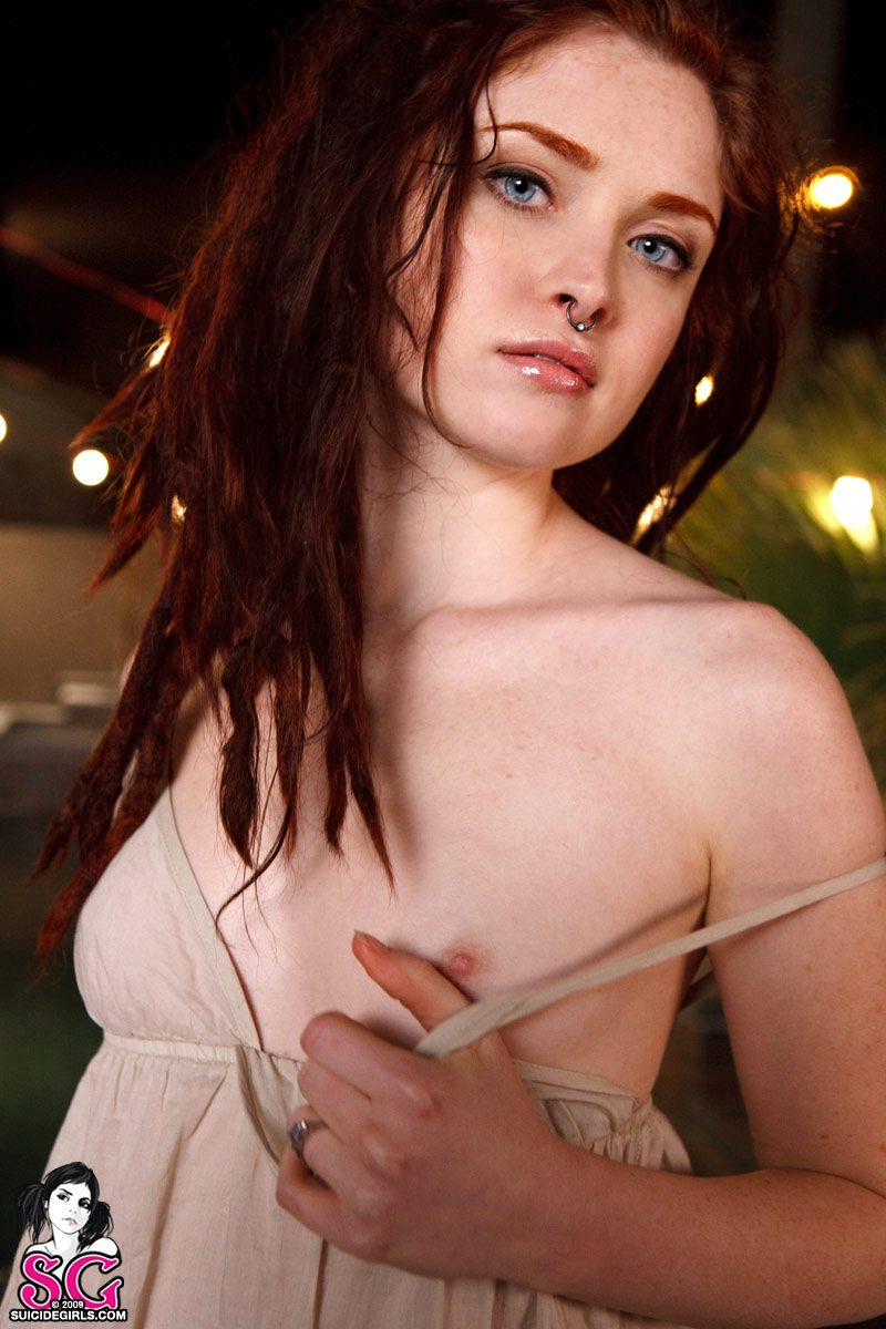 nude suicide girl maggie ray