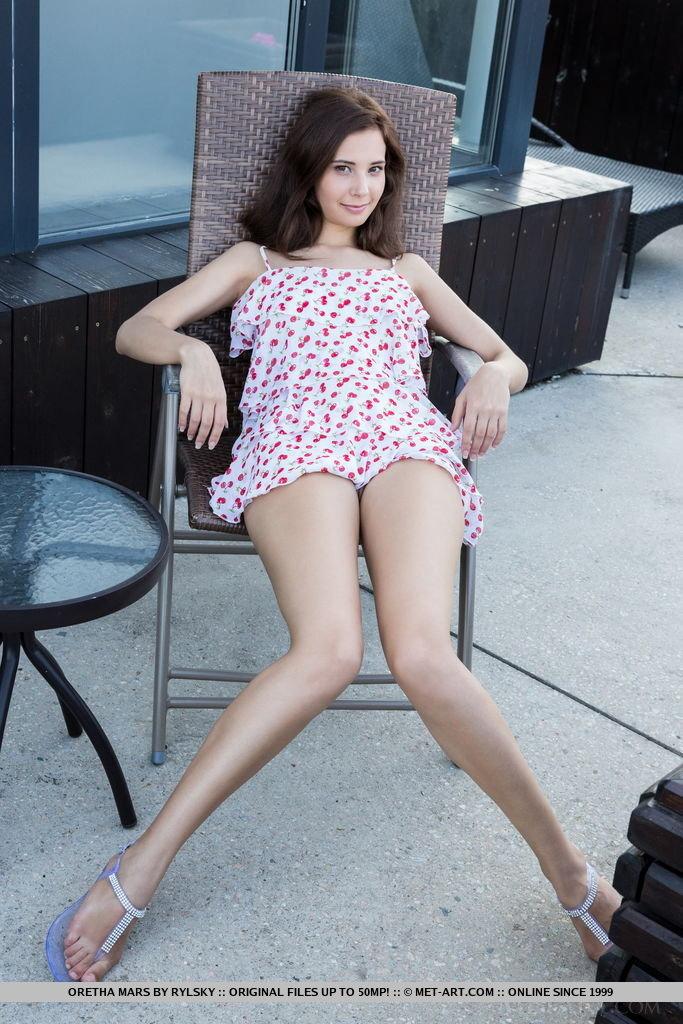 oretha-mars-nude-balcony-metart-03