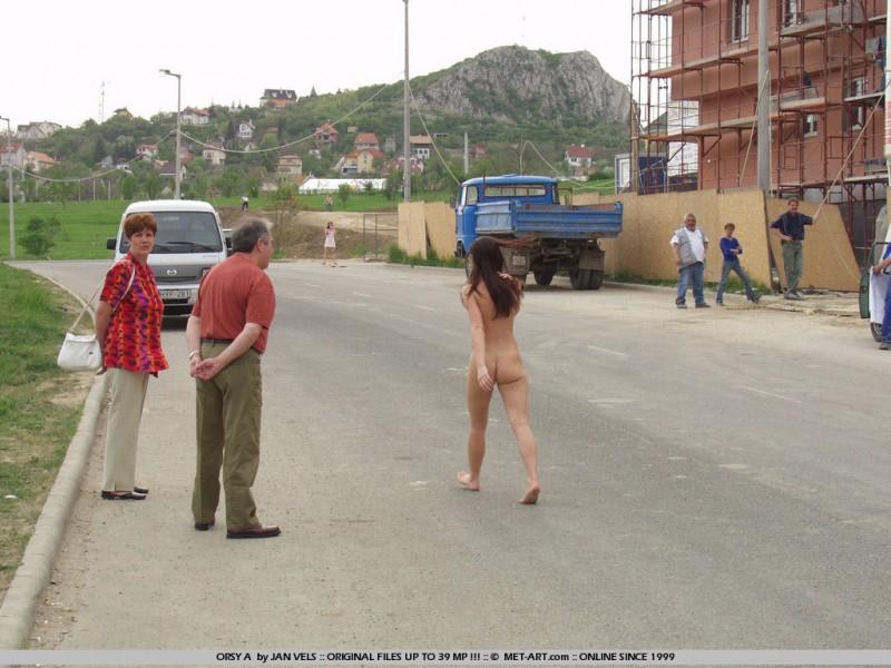 orsy-nude-in-public-06