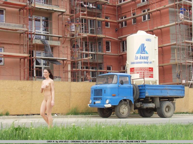 orsy-nude-in-public-08