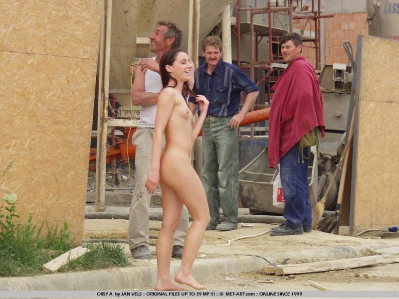 orsy-nude-in-public-13