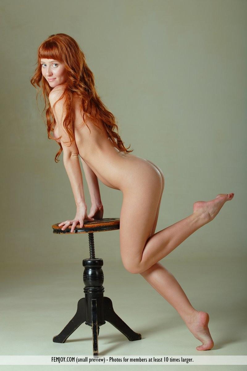 ossana-nude-redhead-swivel-stool-femjoy-05