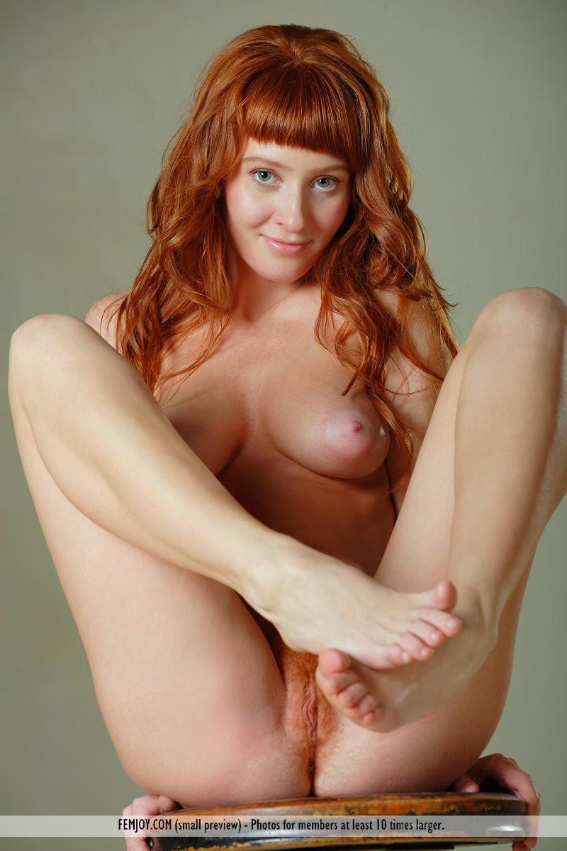 ossana-nude-redhead-swivel-stool-femjoy-09
