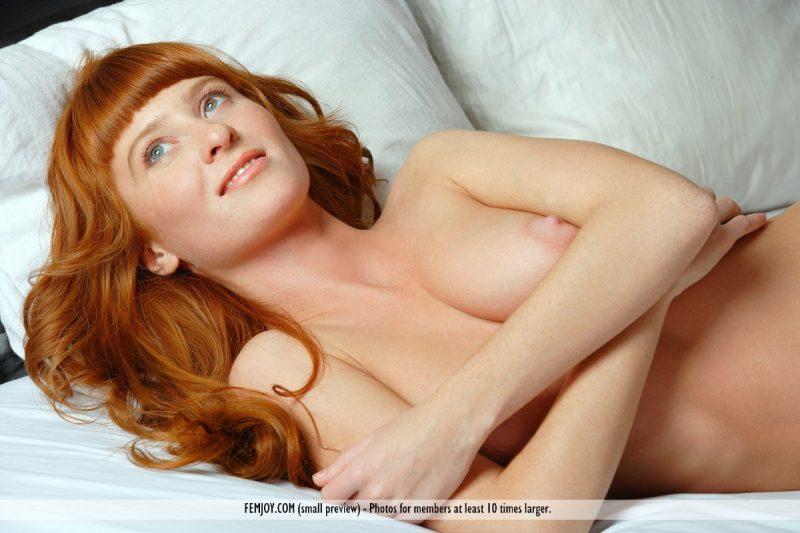 ossana-redhead-pussy-naked-femjoy-11