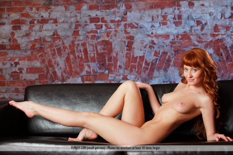 ossana-redhead-couch-femjoy-05