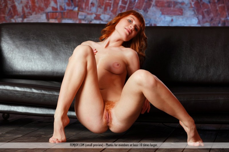 ossana-redhead-couch-femjoy-15