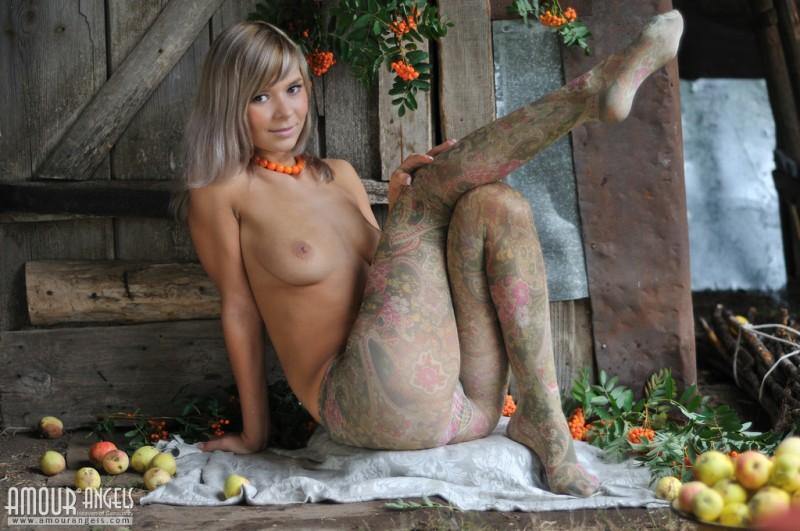 paloma-nude-pantyhose-amourangels-04