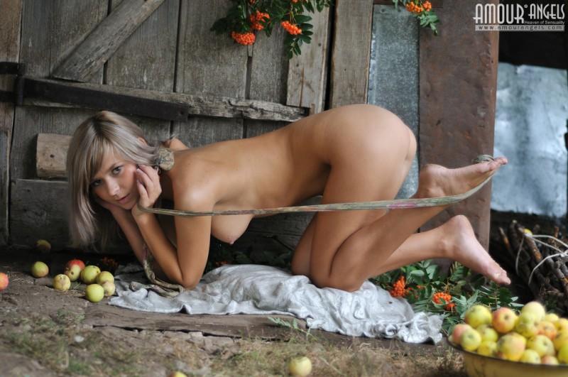 paloma-nude-pantyhose-amourangels-08