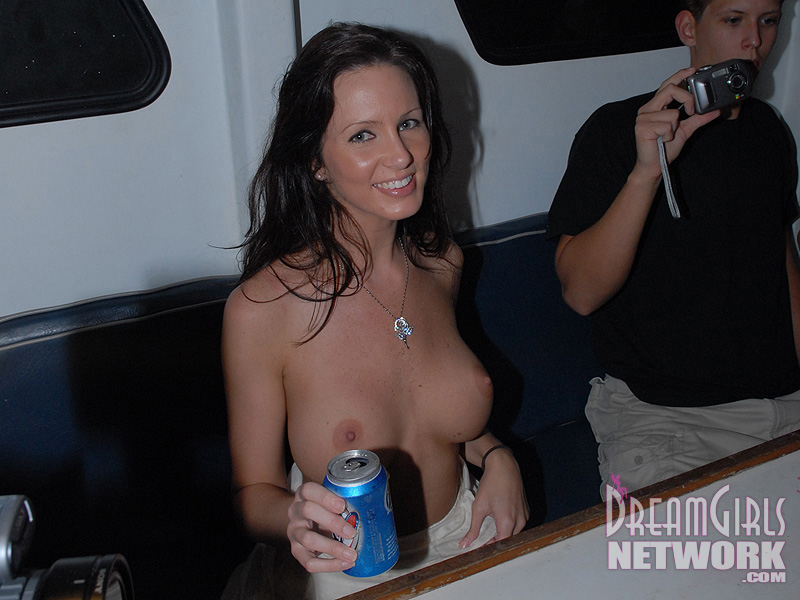 party-boat-nude-05