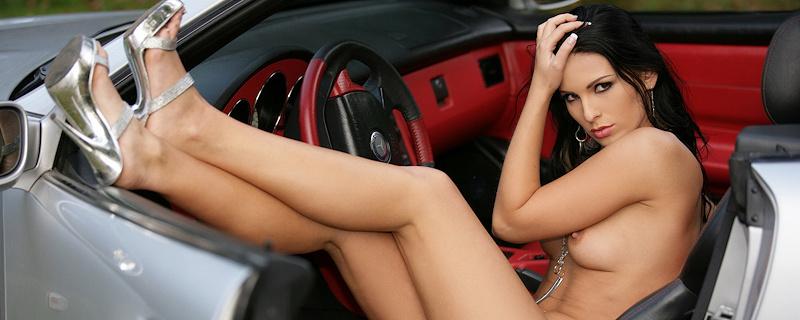 Pavlina and Mercedes SLK