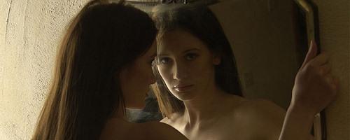 Peta Todd – Mirror on the wall