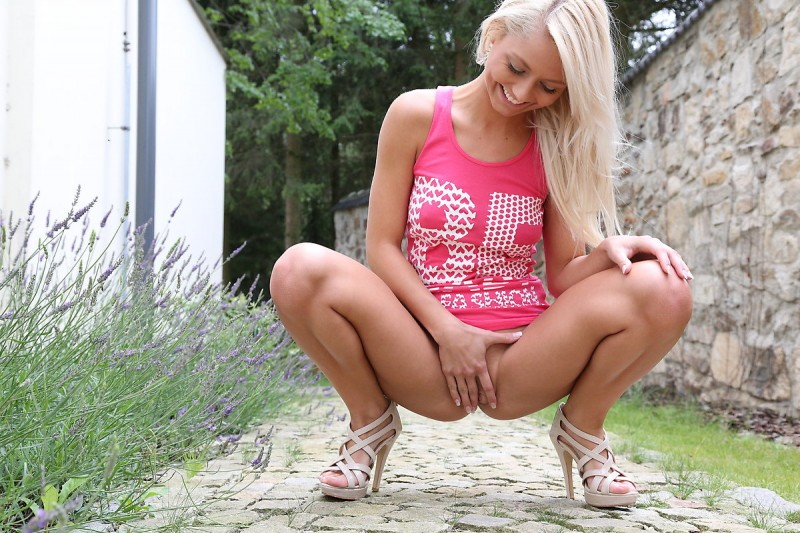 grace-pink-shirt-watch4beauty-08