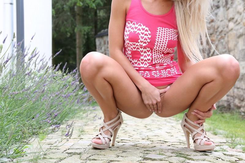 grace-pink-shirt-watch4beauty-09