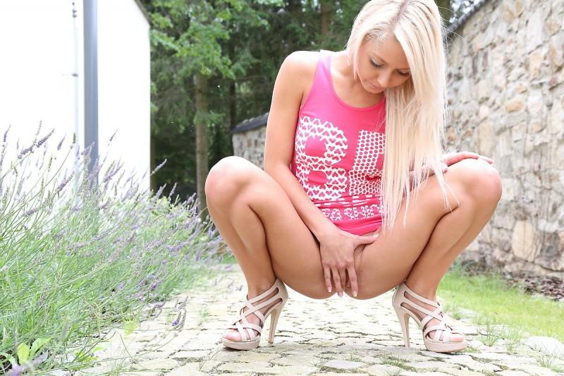 grace-pink-shirt-watch4beauty-11