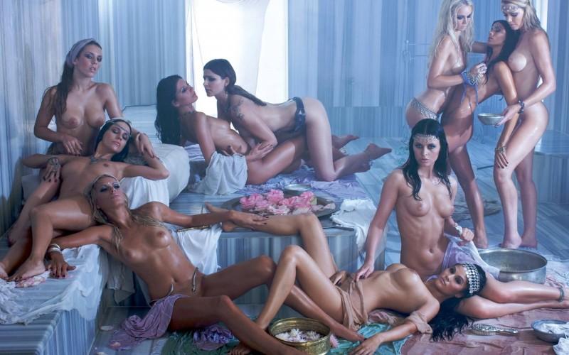 germany-playboy-calendar-2012-01