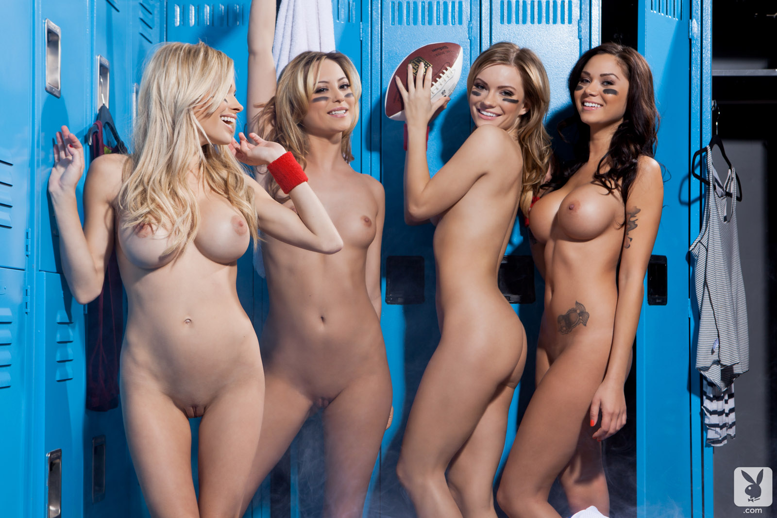 room group locker girls Naked shower