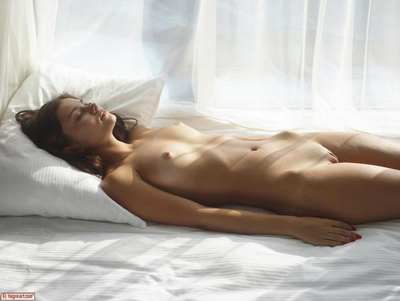 venus-sunny-day-naked-hegreart-07