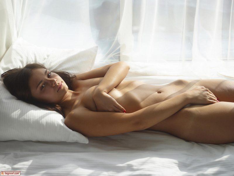venus-sunny-day-naked-hegreart-08