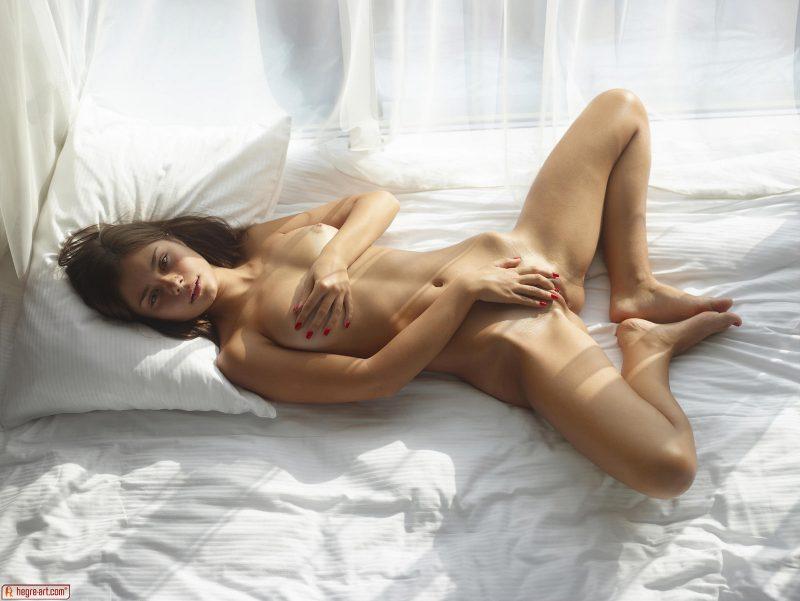 venus-sunny-day-naked-hegreart-09