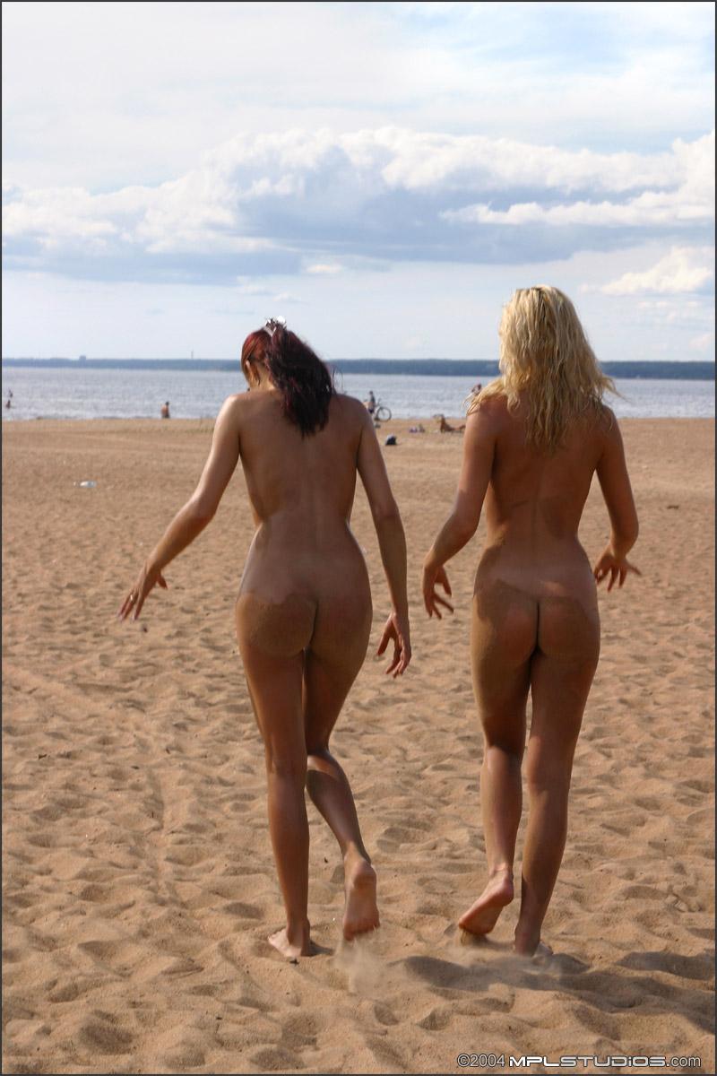 anna-z-mishel-oiled-body-beach-sand-mplstudios-28
