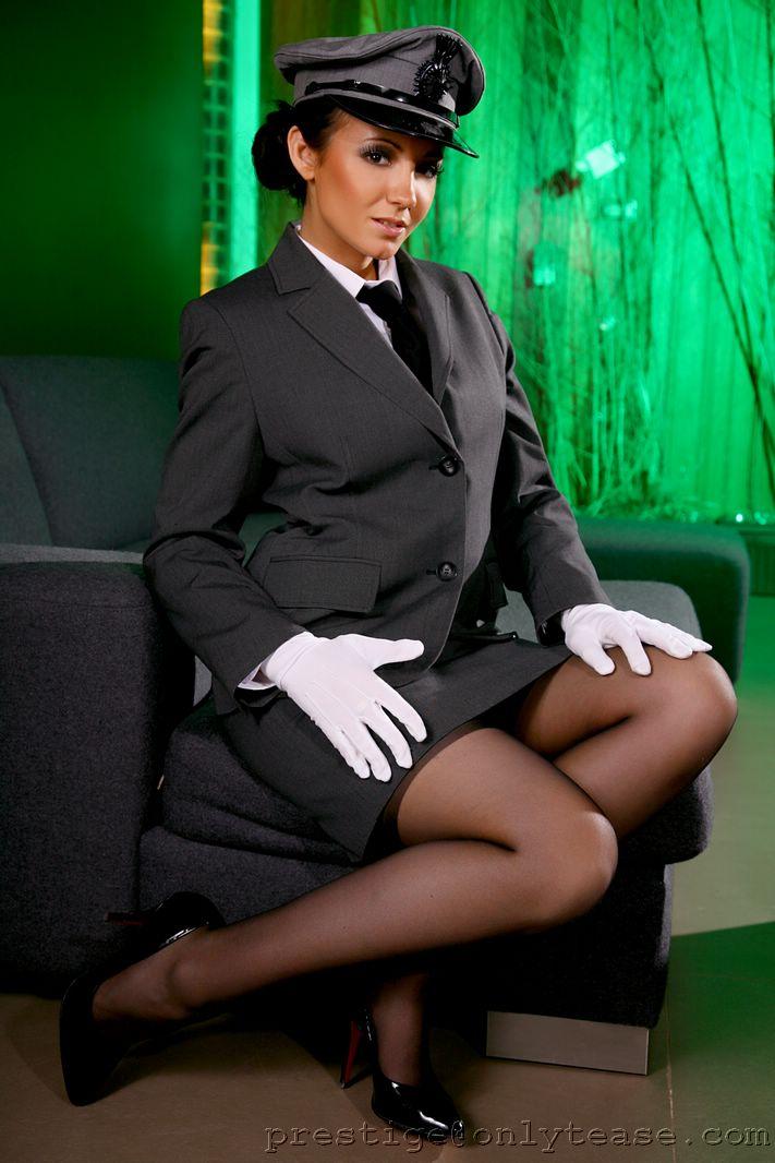 rachael-boden-uniform-03