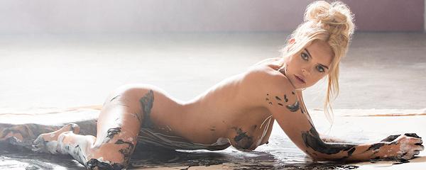 Rachel Harris – Miss November 2015