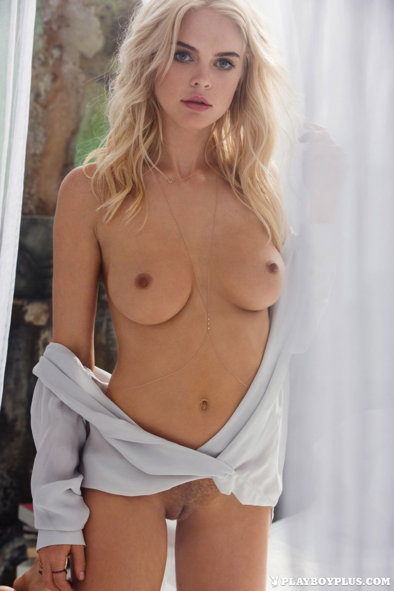 rachel-harris-erotic-nude-playboy-08