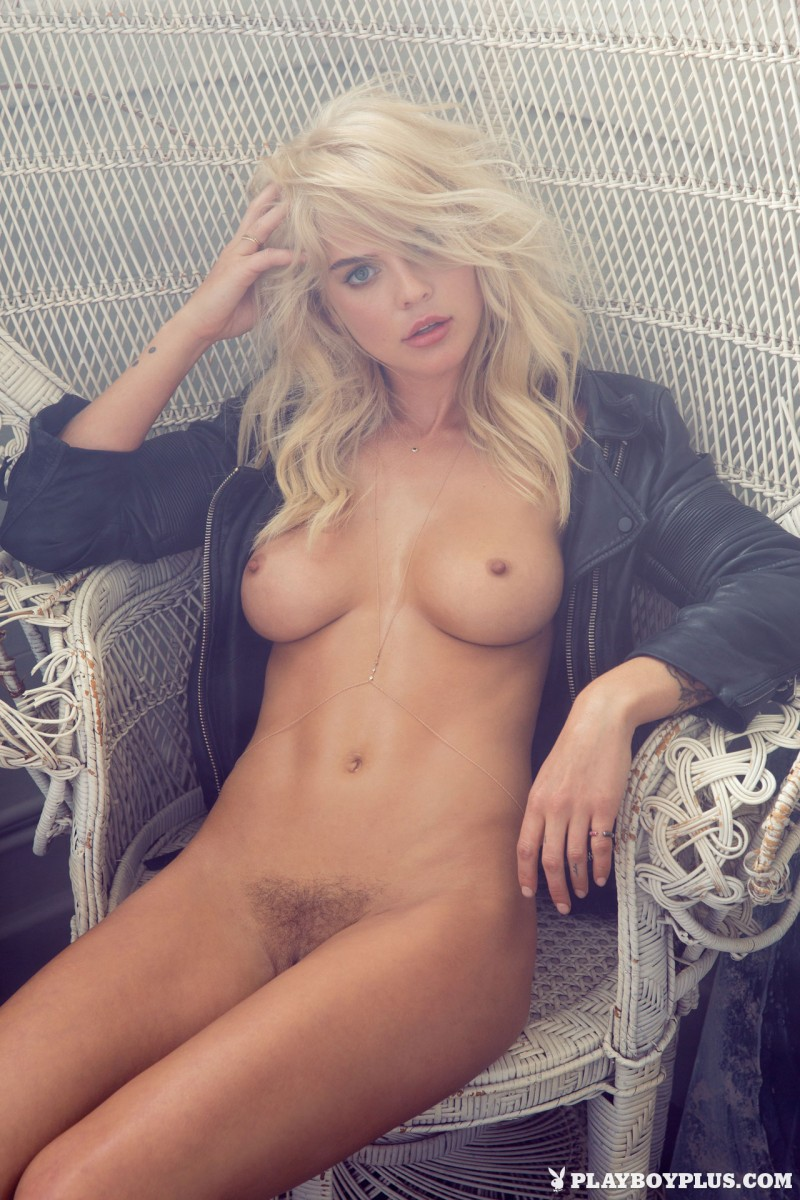rachel-harris-erotic-nude-playboy-15