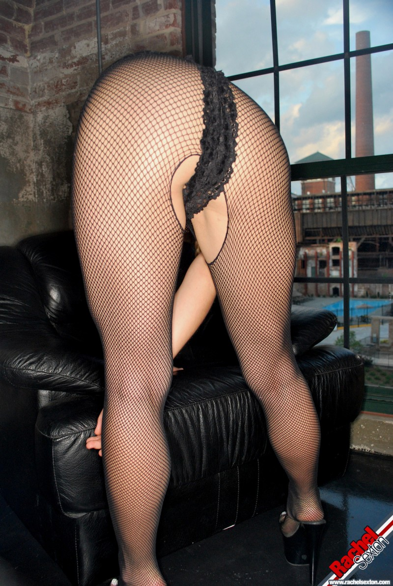 rachel-sexton-ripped-bodystocking-nude-04