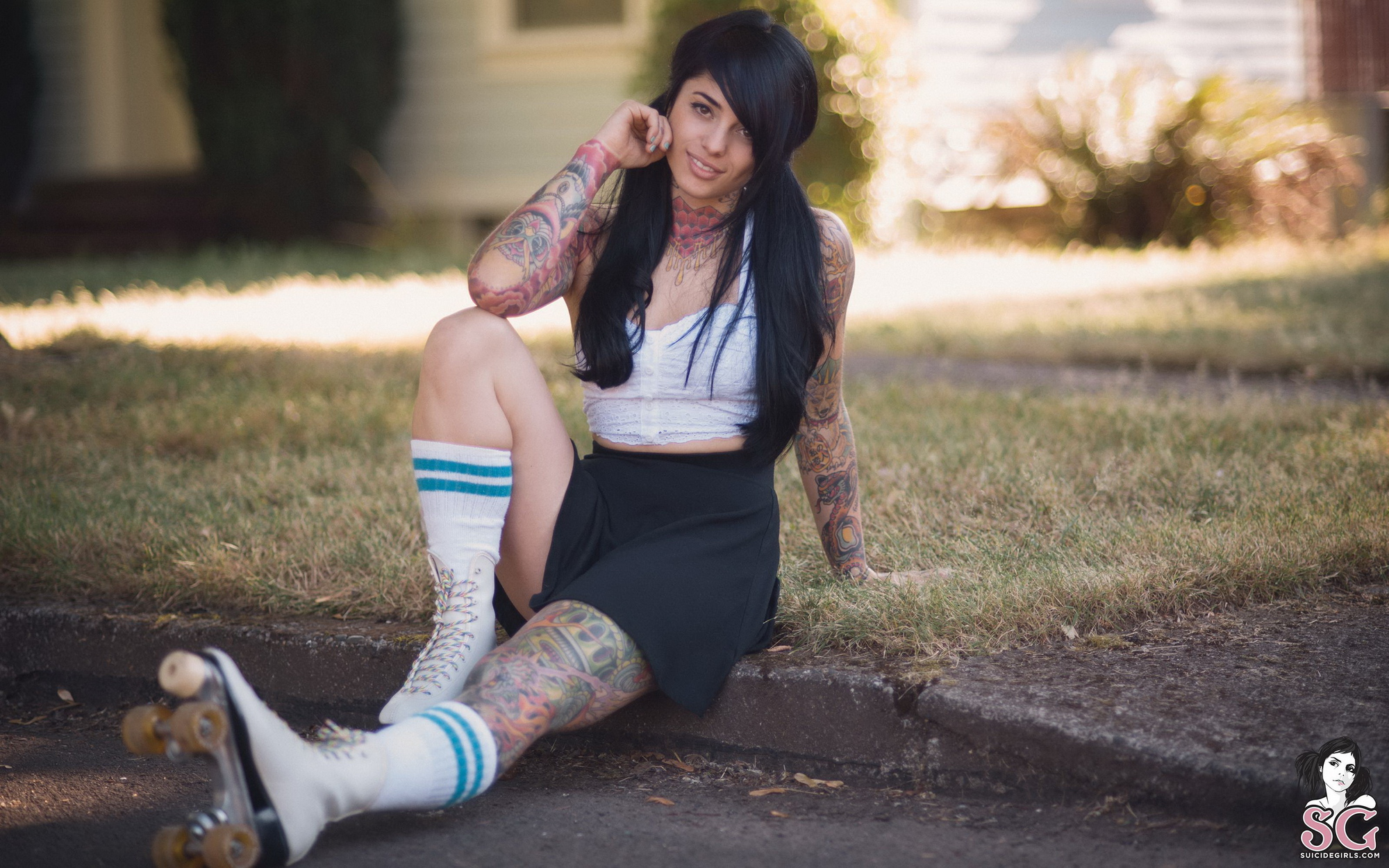 radeo-nude-brunette-roller-skates-tattoo-suicide-girls-06