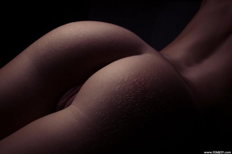 raisa-nude-femjoy-16