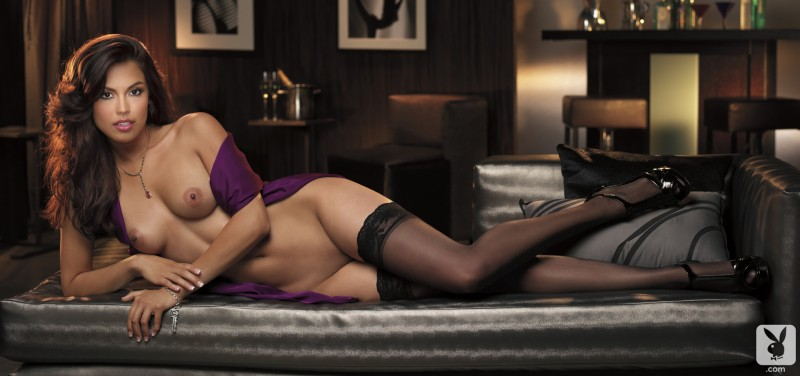 raquel-pomplun-stockings-playboy-07