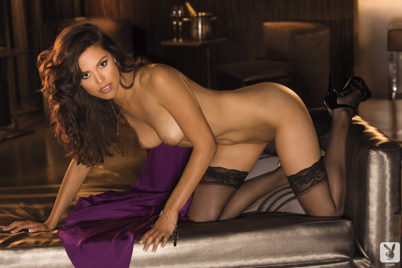 raquel-pomplun-stockings-playboy-08