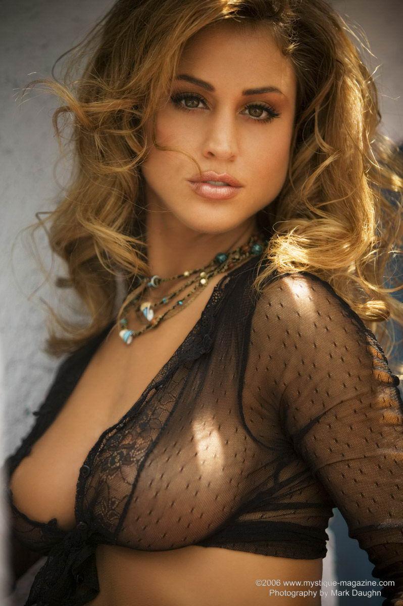 rebecca-dipietro-nude-mystique-magazine-05