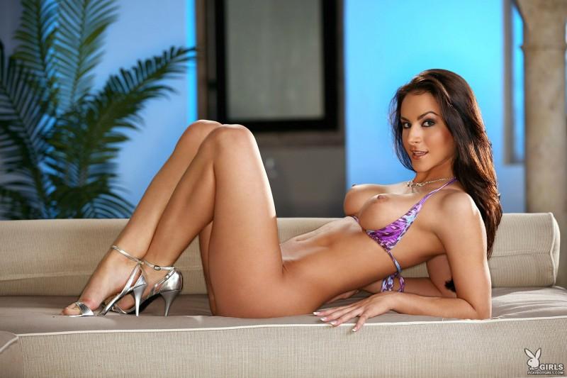 rebecca-lynn-bikini-playboy-26