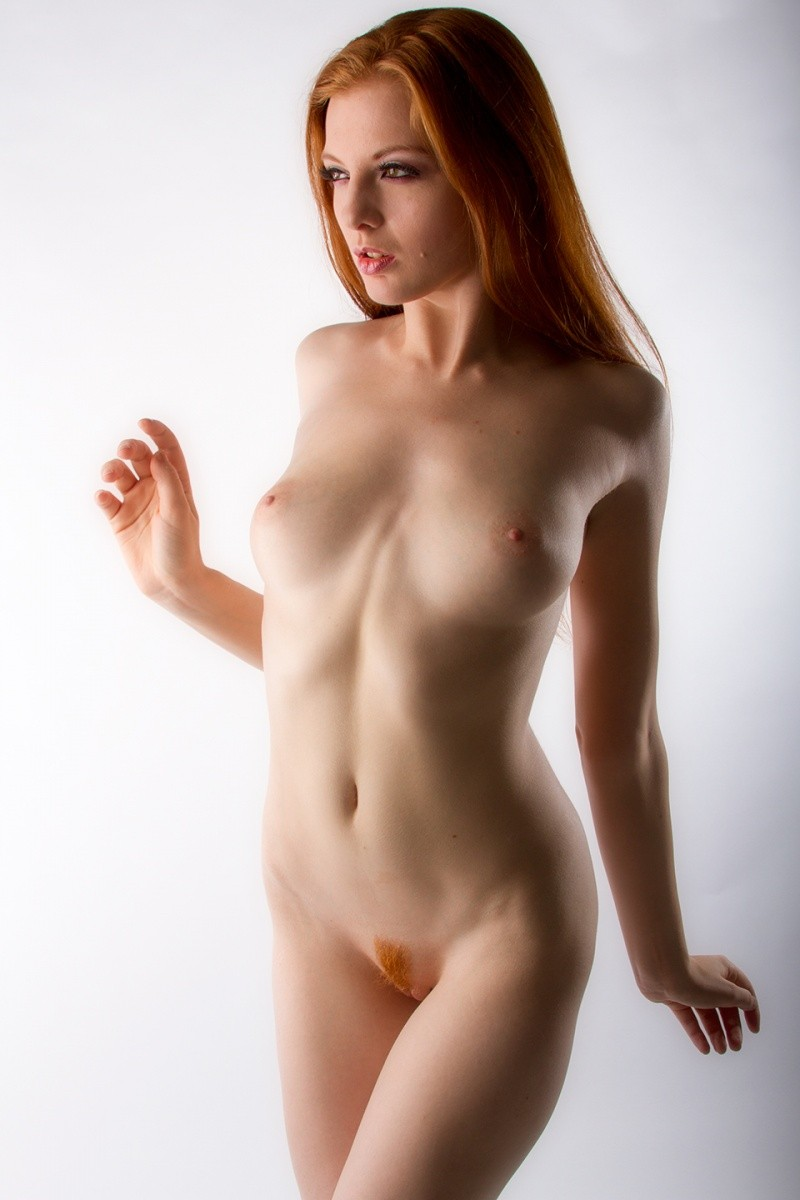 hot naked red head women