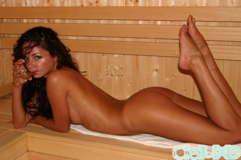 regina-sauna-glamdeluxe-06