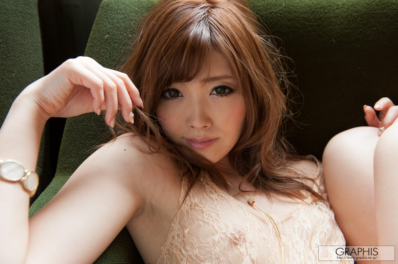 rina-kato-office-container-asian-naked-graphis-29