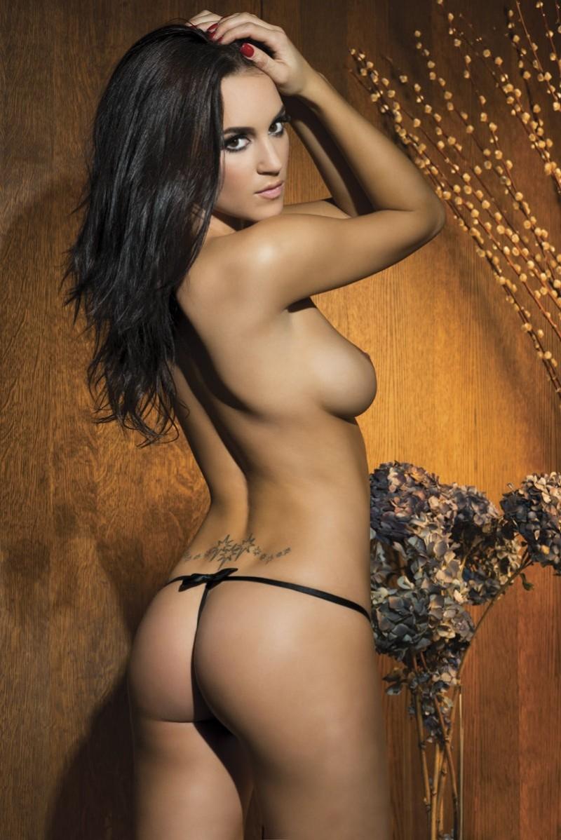 rosie-jones-topless-nuts-2013-april-03