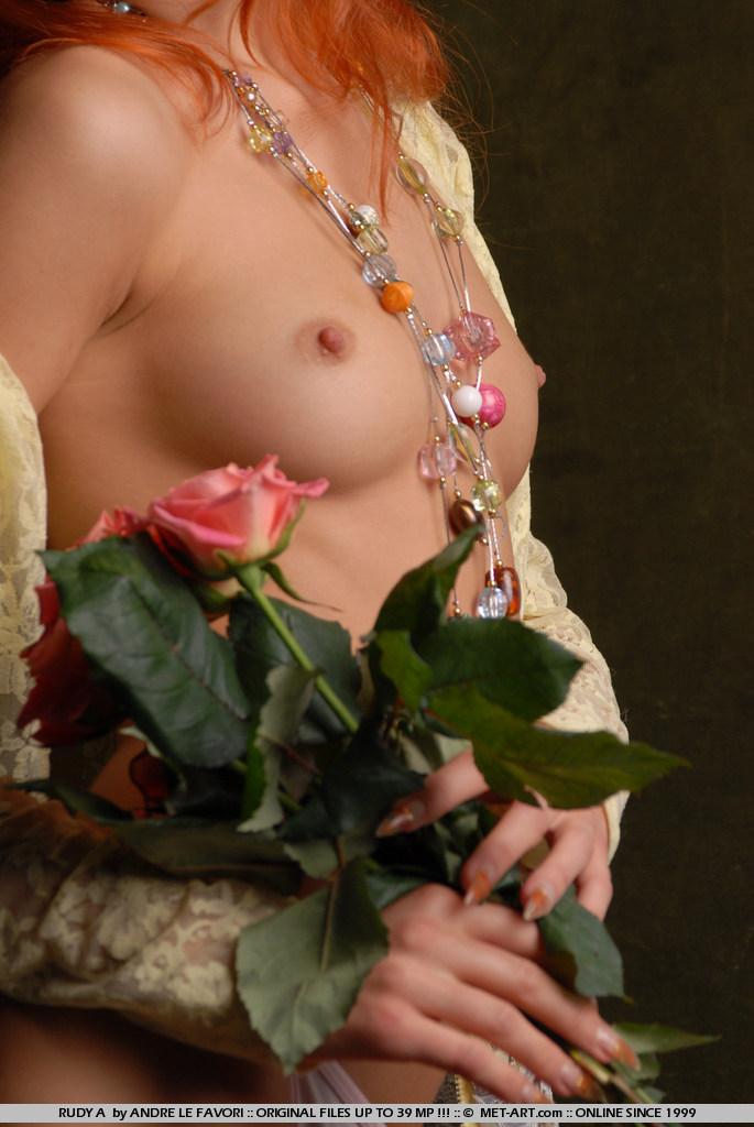 rudy-a-roses-met-art-04
