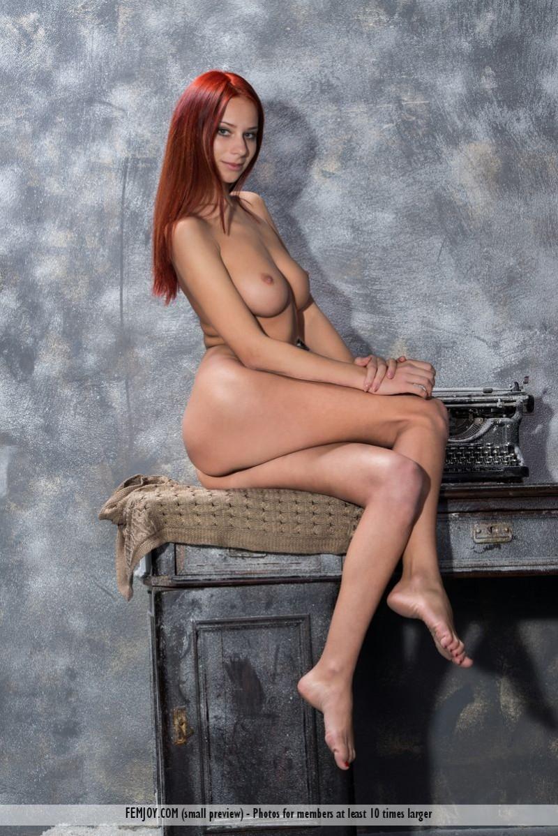 rosa-h-redhead-nude-femjoy-05