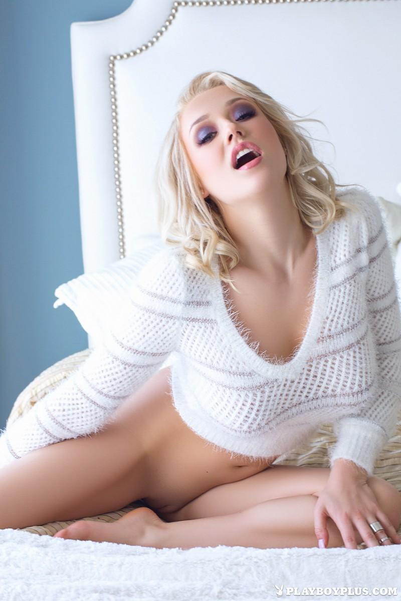 sabrina-nichole-tights-sweater-playboy-09