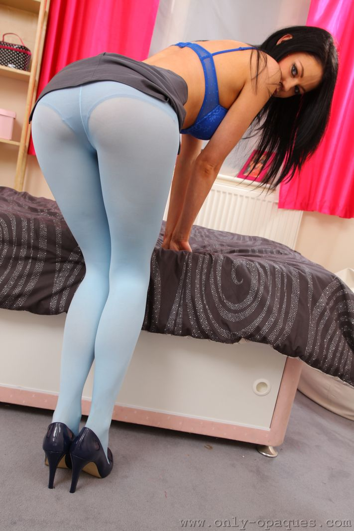 sam-kellett-blue-pantyhose-only-opaques-09